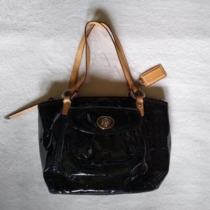 Coach Leah Patent Leather Small Purse